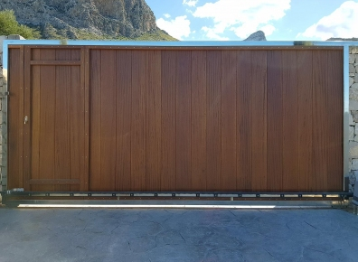 Iroko sliding door