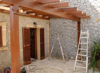 Iroko canopy
